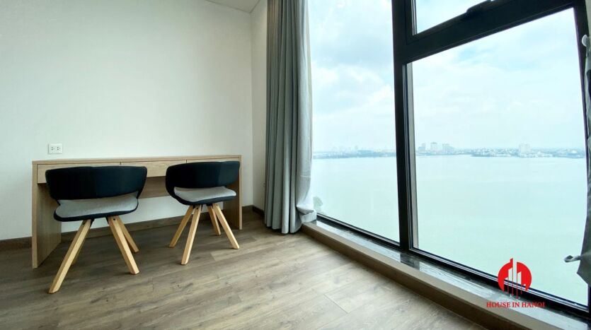 185m2 apartment for rent in sun grand thuy khue 44