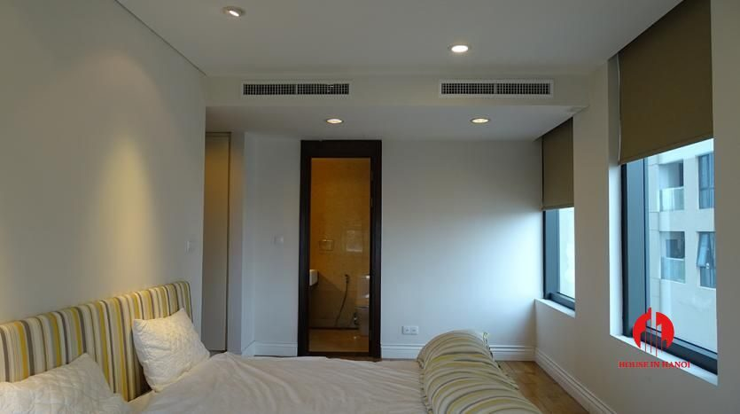 2 bedroom apartment in hoang thanh tower 13