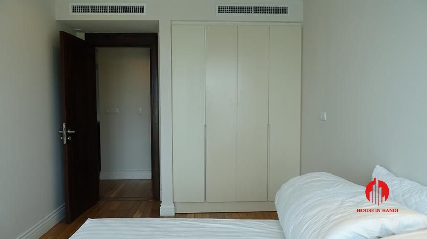 2 bedroom apartment in hoang thanh tower 16