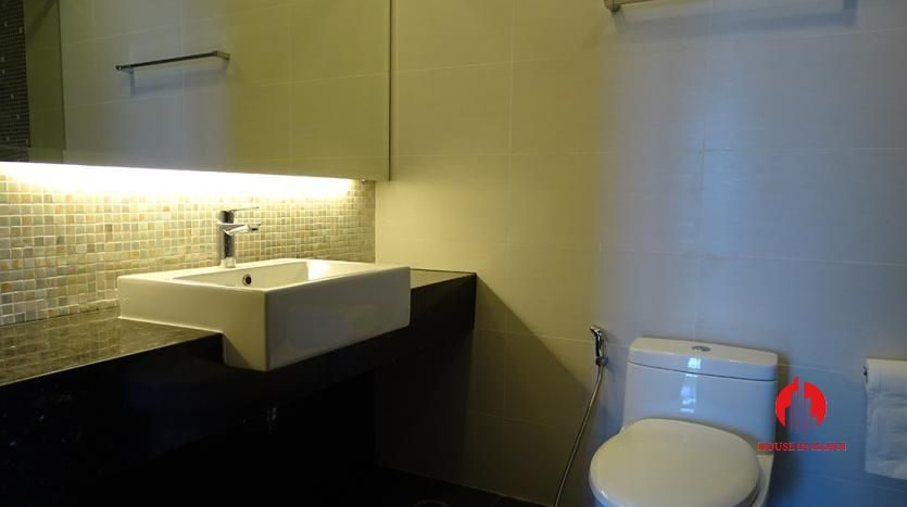 2 bedroom apartment in hoang thanh tower 19