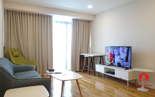 2 bedroom apartment in hoang thanh tower 2