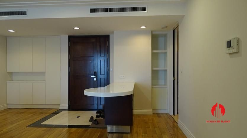 2 bedroom apartment in hoang thanh tower 5