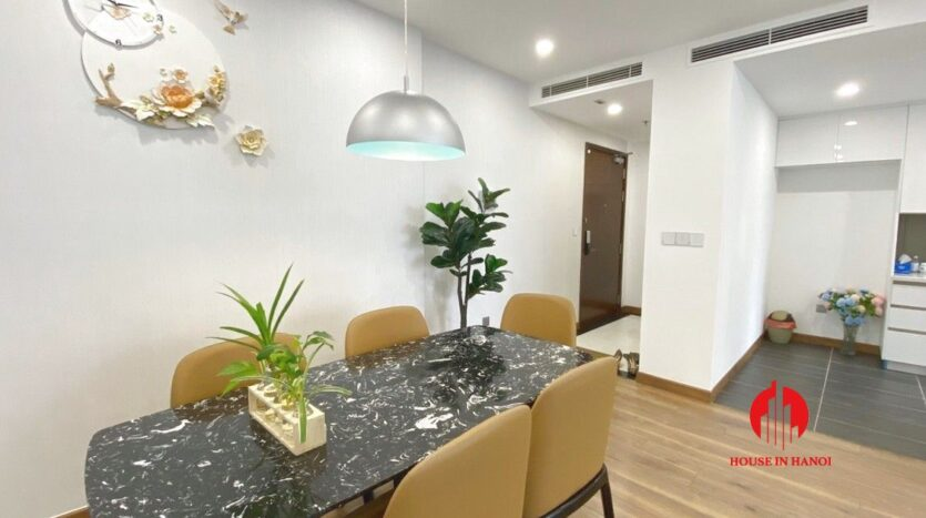 3 bedroom apartment for rent in 6th element 1