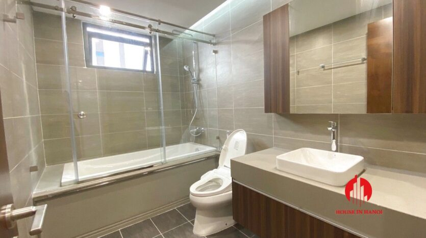 3 bedroom apartment for rent in 6th element 9