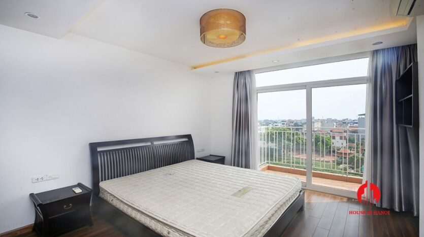 big balcony apartment for rent in tay ho 10
