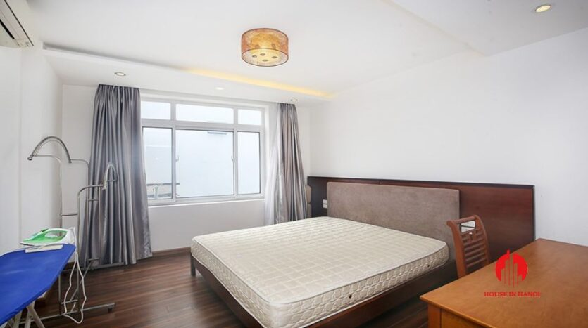 big balcony apartment for rent in tay ho 15