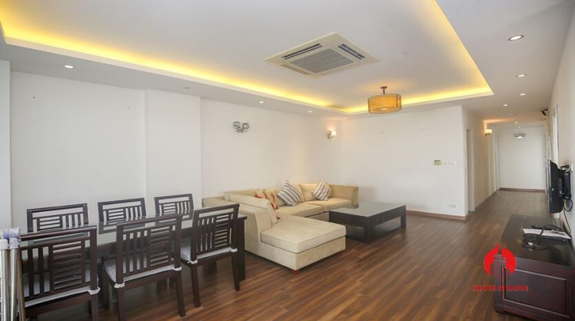 big balcony apartment for rent in tay ho 2