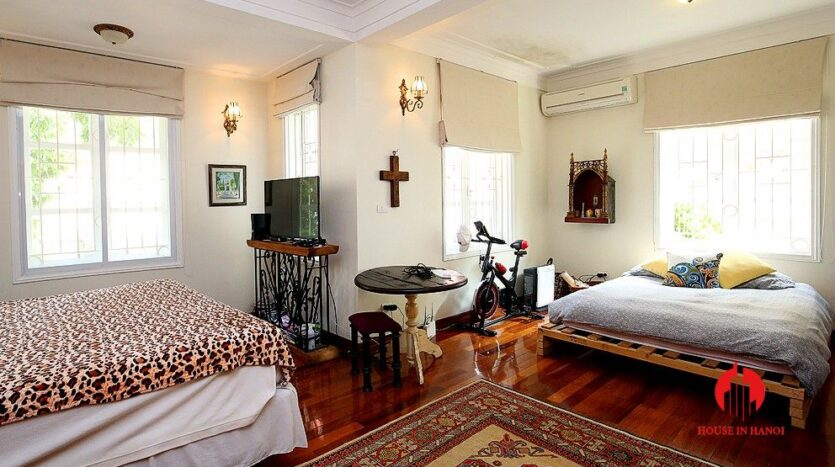 big house for rent on to ngoc van street 4