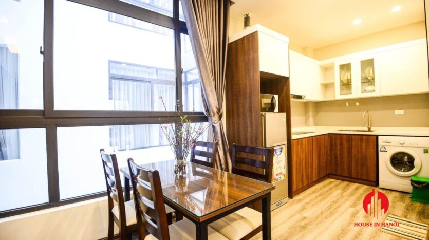 cheap 2 bedroom apartment for rent on nhat chieu 8