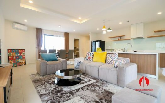 comfortable 3 bed apartment in kosmo tay ho 4
