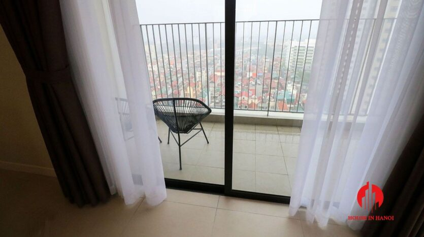 comfortable 3 bed apartment in kosmo tay ho 6