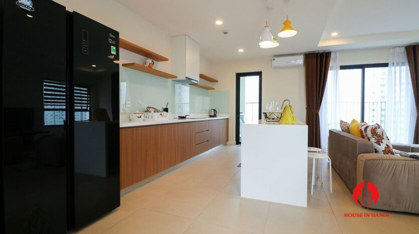 comfortable 3 bed apartment in kosmo tay ho 8