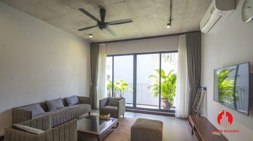 dark themed apartment for rent in tay ho 4