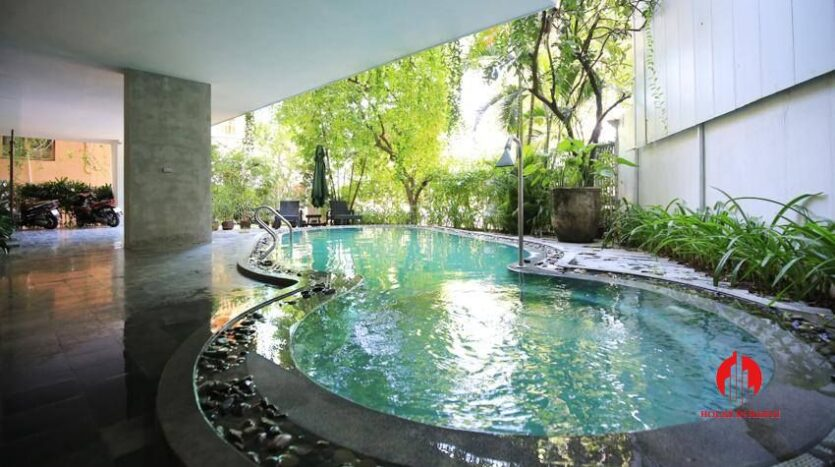 high standard 2BR apartment in tay ho 11