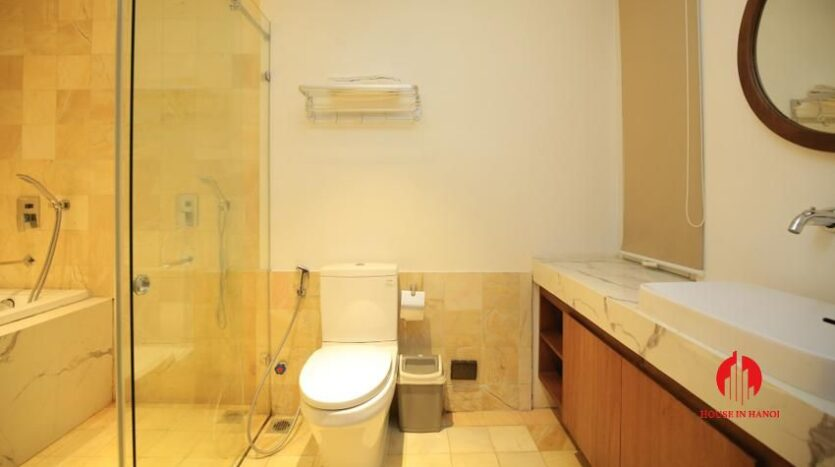 high standard 2BR apartment in tay ho 17
