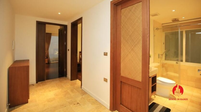 high standard 2BR apartment in tay ho 18