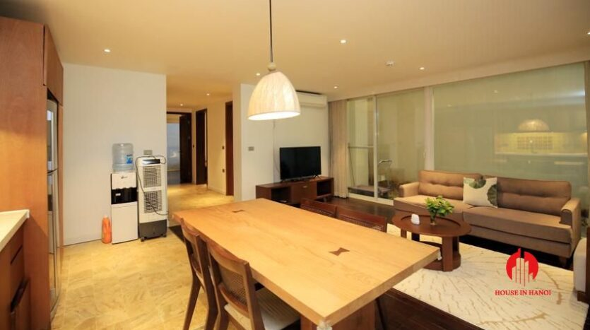 high standard 2BR apartment in tay ho 3