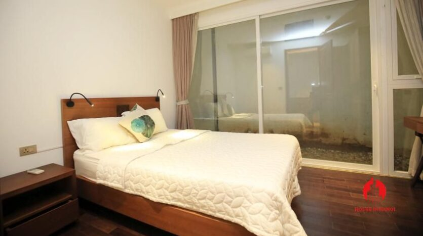 high standard 2BR apartment in tay ho 7