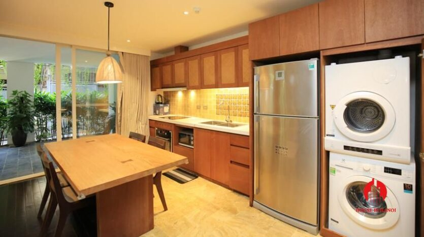 high standard 2BR apartment in tay ho 9