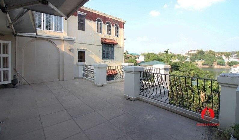 italianate villa for rent in tay ho 10
