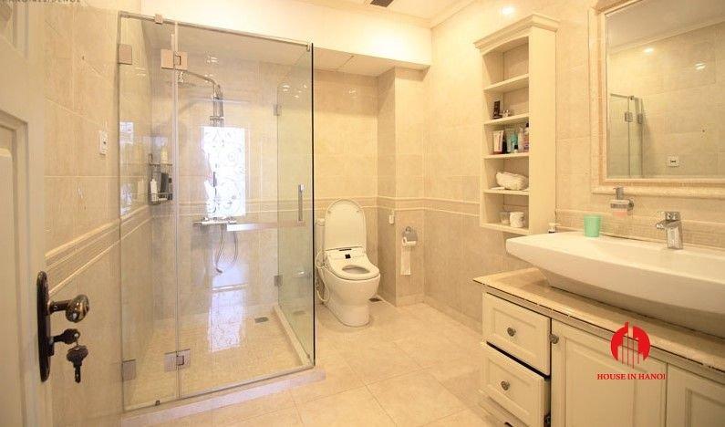 italianate villa for rent in tay ho 3