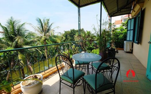 lake side villa for rent in xom chua tay ho 1