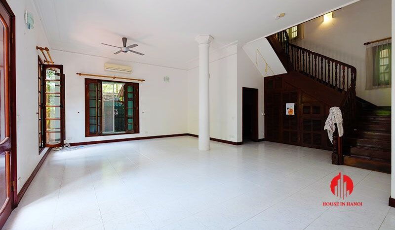 lake side villa for rent in xom chua tay ho 14