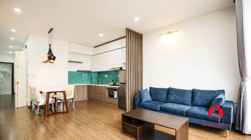 lake view 1 bedroom apartment for rent on nhat chieu 4