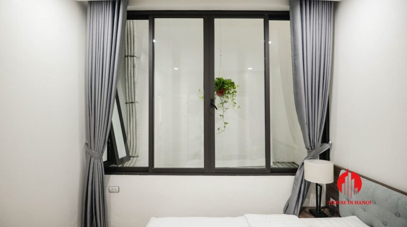 lake view 1 bedroom apartment for rent on nhat chieu 6