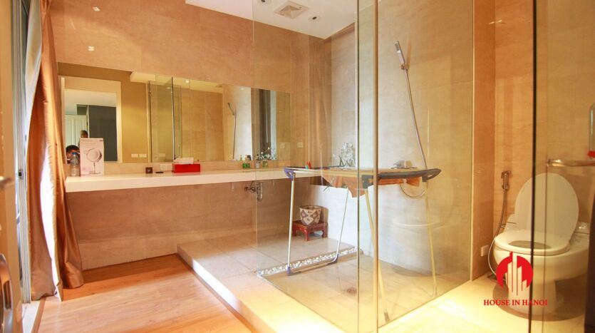 lavish penthouse for rent in p ciputra 2