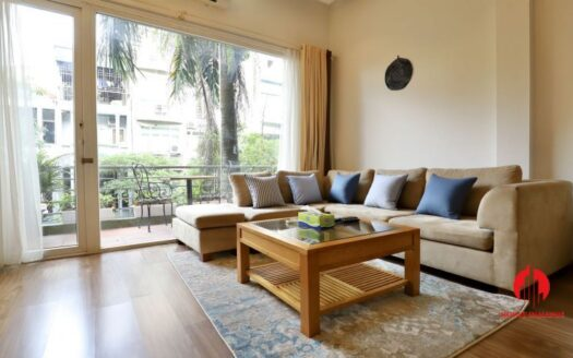 light filled 2 bedroom apartment on linh lang 2