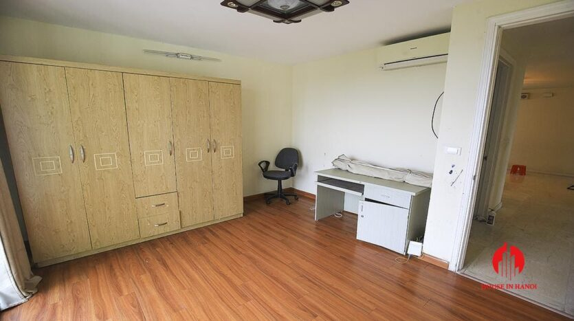 low price apartment for rent in ciputra 1