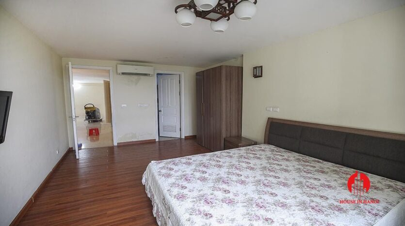 low price apartment for rent in ciputra 4