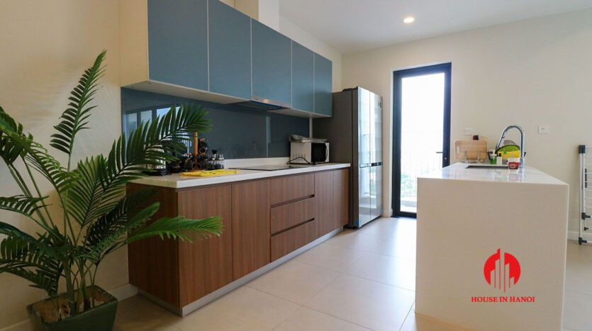 low price lake view 3BR apartment for rent in Kosmo Tay Ho 3