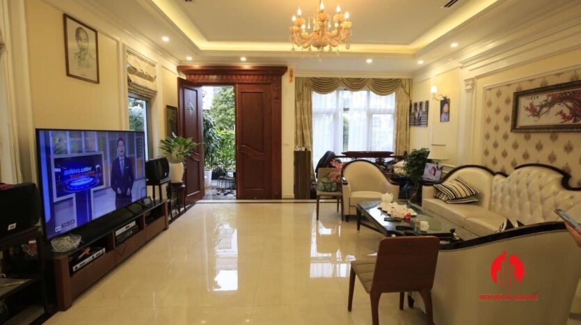 neo classical villa for rent in vinhomes the harmony 9