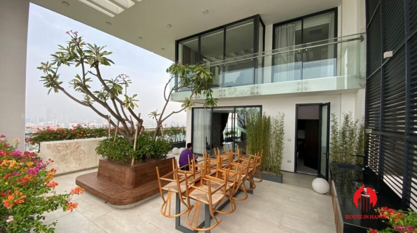 nice penthouse for rent in ngoai giao doan 12