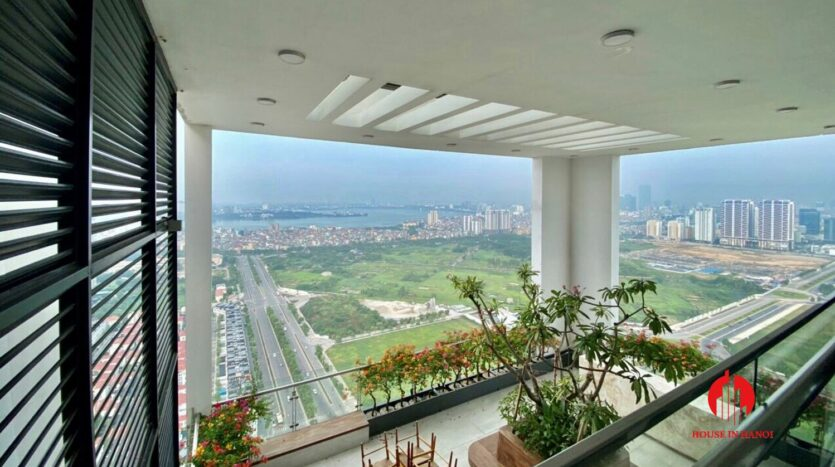 nice penthouse for rent in ngoai giao doan 13