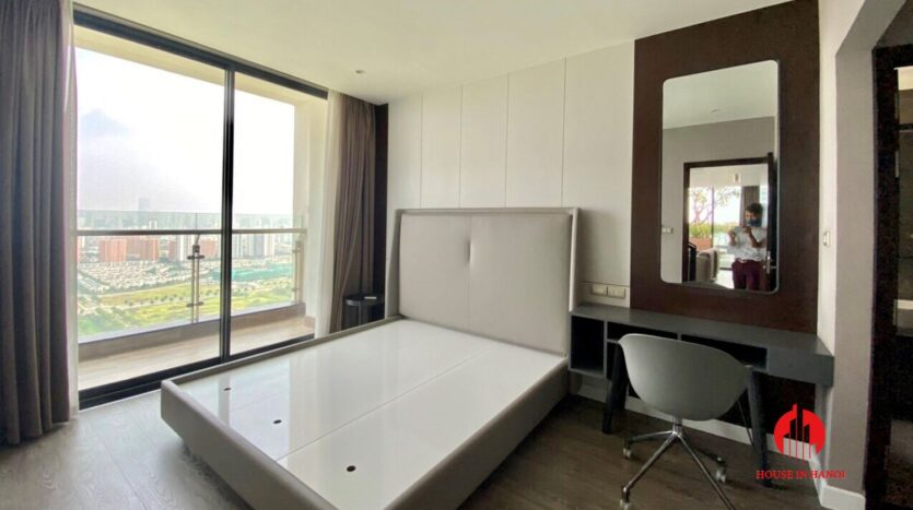 nice penthouse for rent in ngoai giao doan 4
