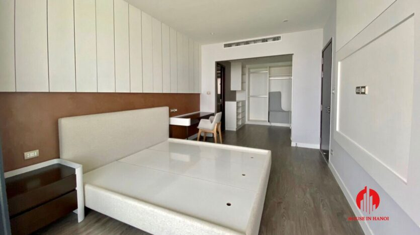 nice penthouse for rent in ngoai giao doan 5