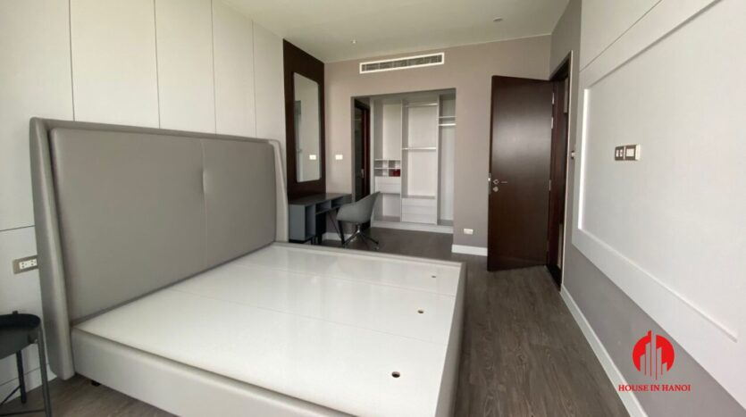 nice penthouse for rent in ngoai giao doan 9