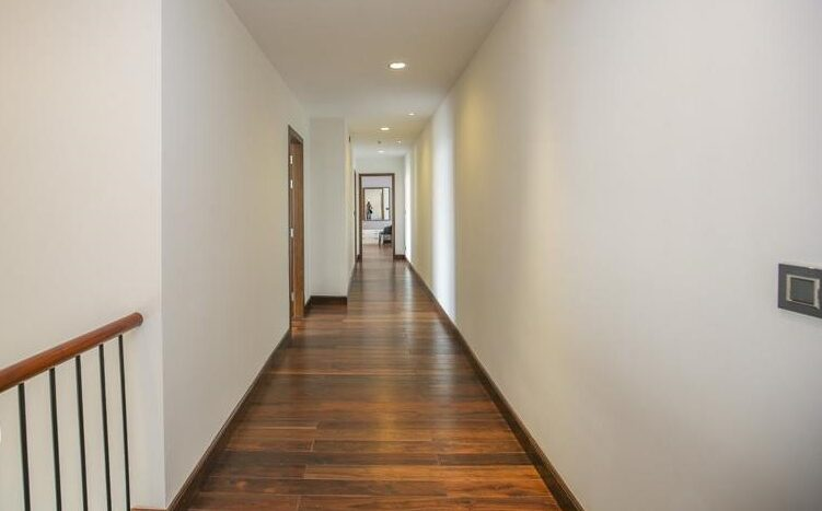 penthouse for rent in lancaster hanoi 22