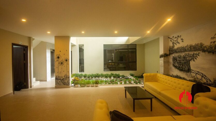 terrace apartment for rent in tay ho 7