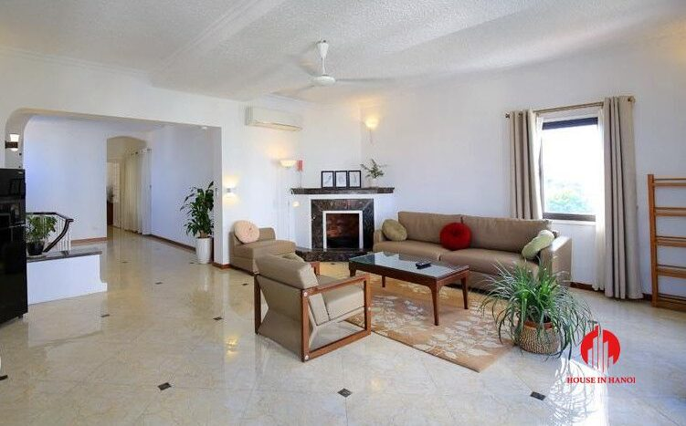triplex apartment for rent in tay ho 27