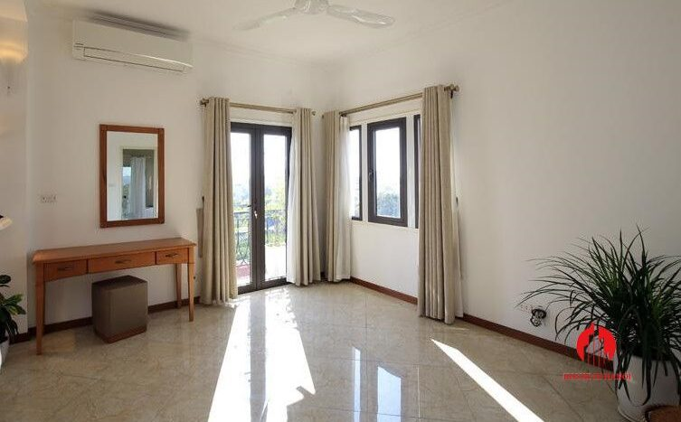 triplex apartment for rent in tay ho 34