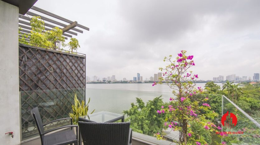 2 bedroom apartment on quang khanh with lake view balcony 12
