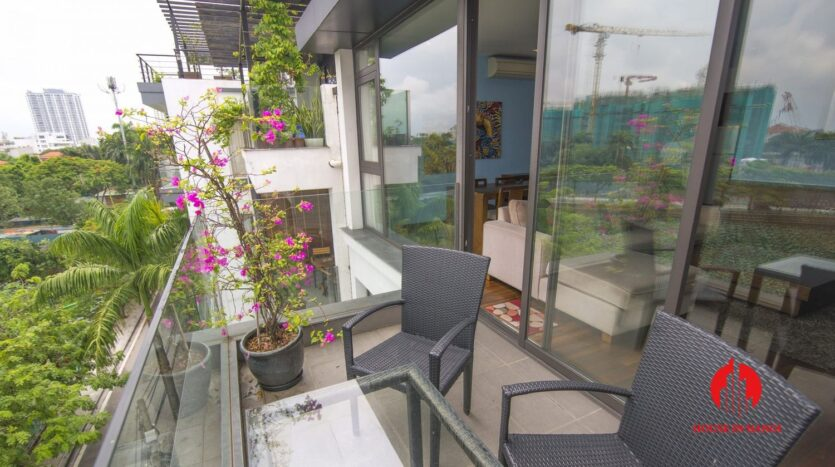 2 bedroom apartment on quang khanh with lake view balcony 13