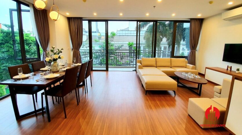 3 bedroom apartment for rent on tu hoa 10