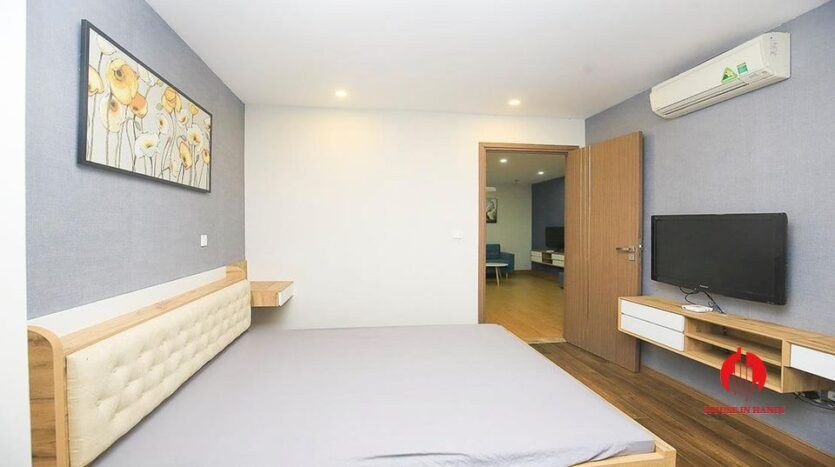 Cheap 90m2 apartment for rent in Ciputra L3 Tower 14