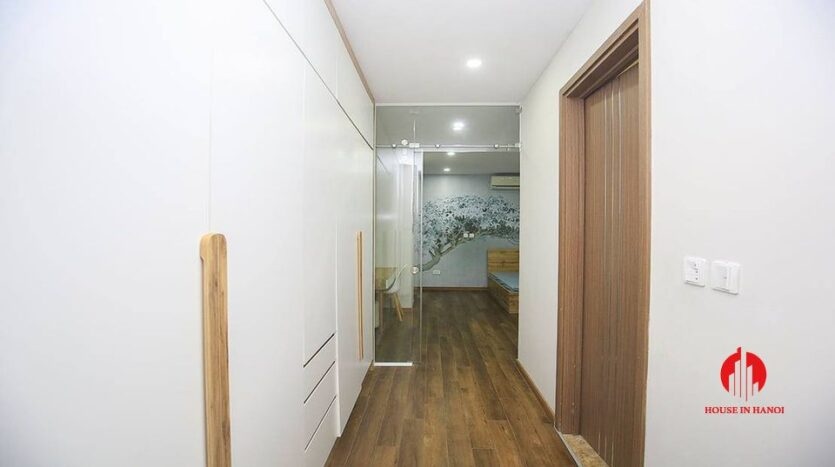 Cheap 90m2 apartment for rent in Ciputra L3 Tower 8