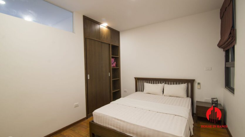 affordable lake view apartment on xuan dieu west lake 8